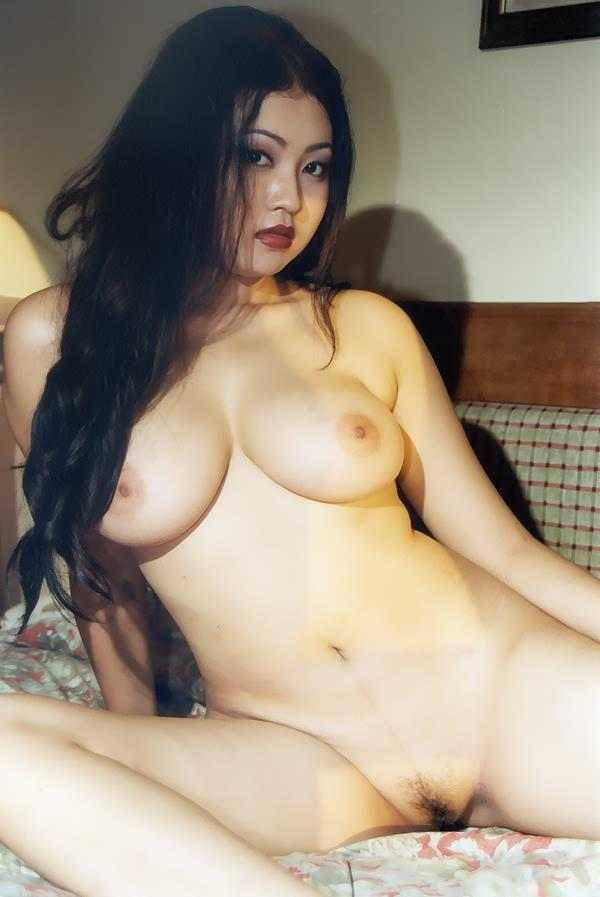 sari mayang foto telanjang
