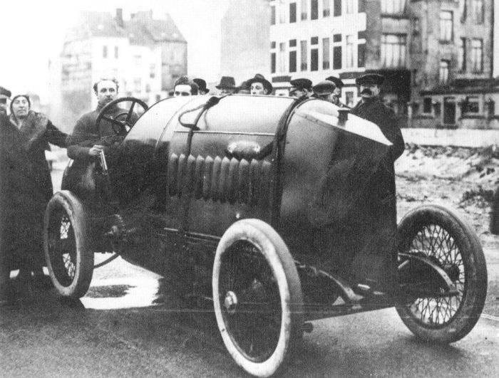 Pierwsze wyścigi samochodowe 49