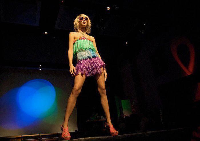 Suknie z prezerwatyw 15