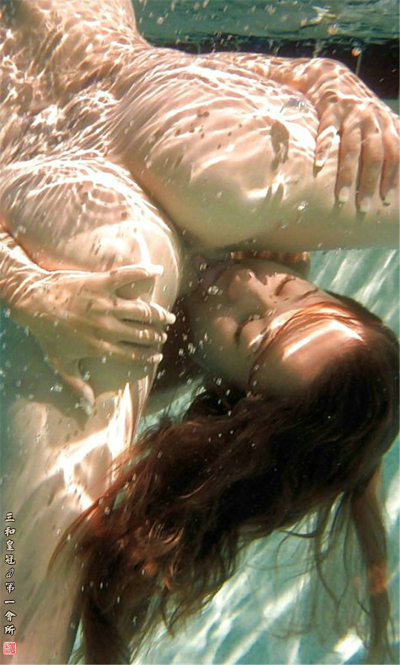 Секс у воды смотреть онлайн 4 фотография