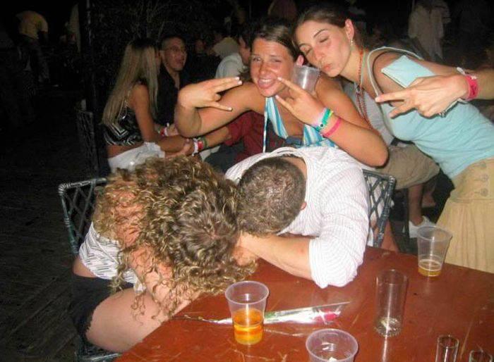 Pijane dziewczyny #3 17
