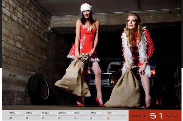 Dziewczyny i legendarne auta USA w jednym kalendarzu :) 24