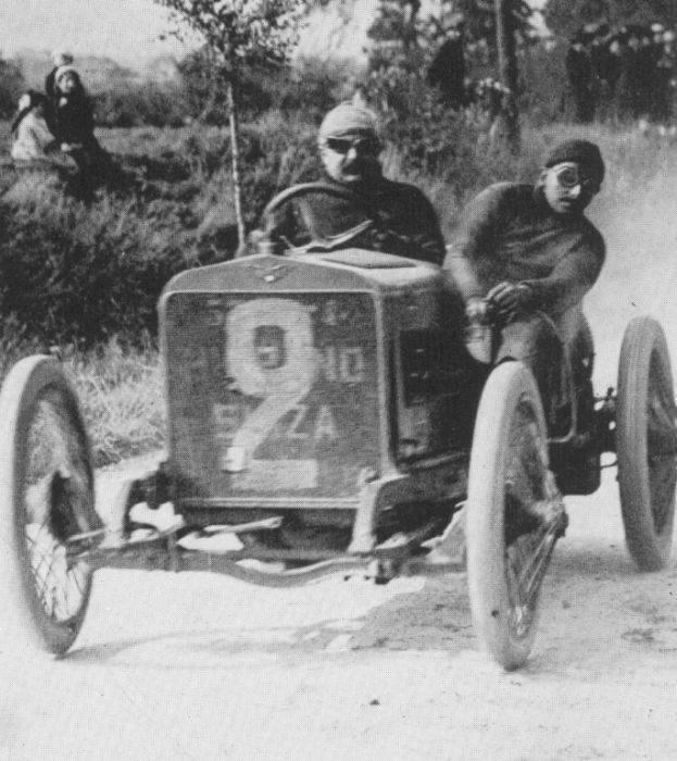 Pierwsze wyścigi samochodowe 63