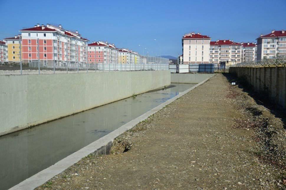 Opustoszała wioska olimpijska w Soczi 1