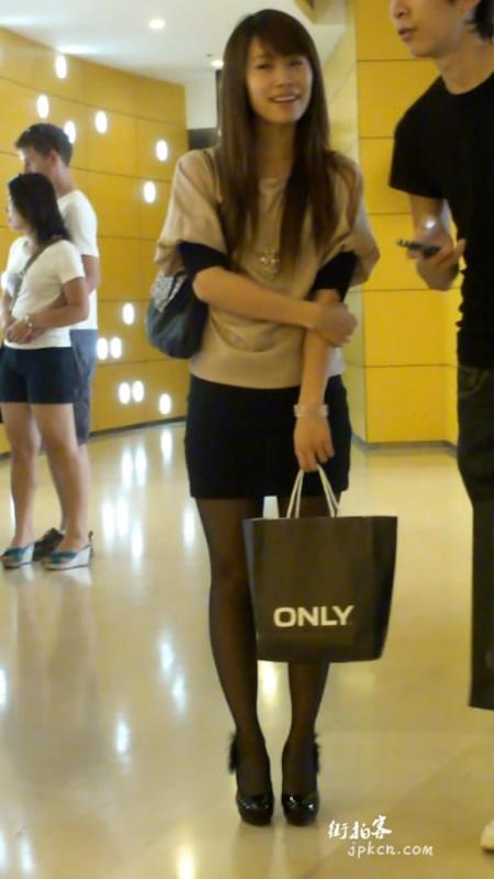 极品黑色包臀裙丝袜妞