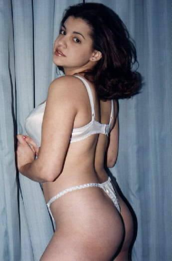 سارة المنيوكة صاحبة موقع جنسي