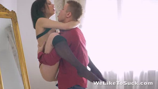 WeLikeToSuck 18 04 10 Lilia Cum Covered Pussy XXX