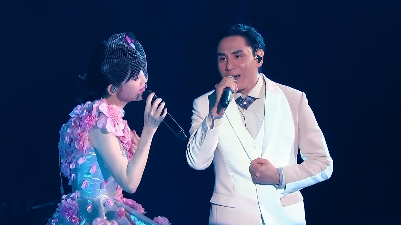 這邊是2018《一萬天荒愛未老 周慧敏30週年演唱會 Vivian Chow Live》BD-MKV@粵語/繁圖片的自定義alt信息;550625,733746,dicksmell,41