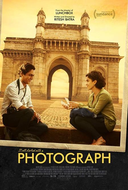 Photograph 2019 Hindi 720p WEB-DL x264 900MB ESubs - MkvHub